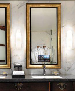 stanford-bathroom-mirror-tv-electric-water