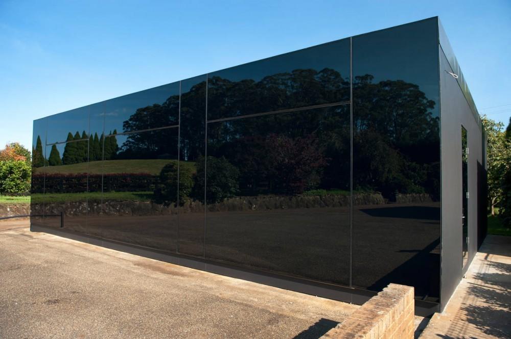 steklo_grafit_fasad