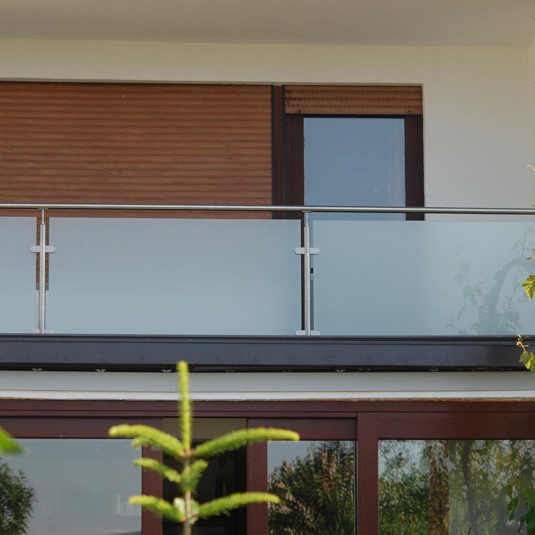ограждение-балкона-стеклянное-матовое-mirrorglass.ru