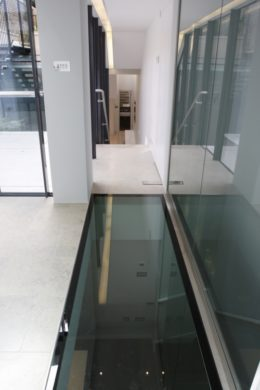 w-500_h-auto_m-fit_s-any__fire-rated-glass-floors (2)